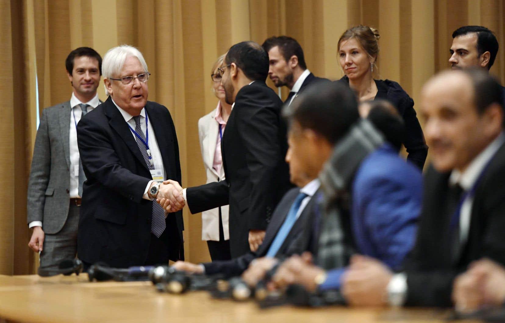 Pour le médiateur de l'ONU, Martin Griffiths (à gauche), les discussions constituent une «occasion unique» de ramener les rebelles du Yémen sur le chemin de la paix.