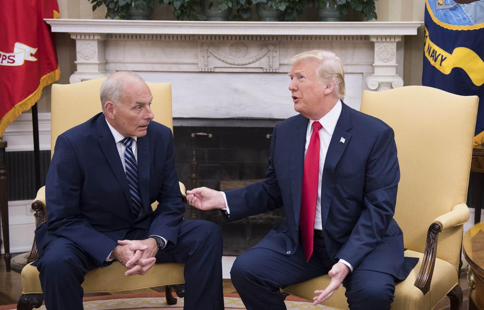 22db137126 John Kelly et le président américain, Donald Trump