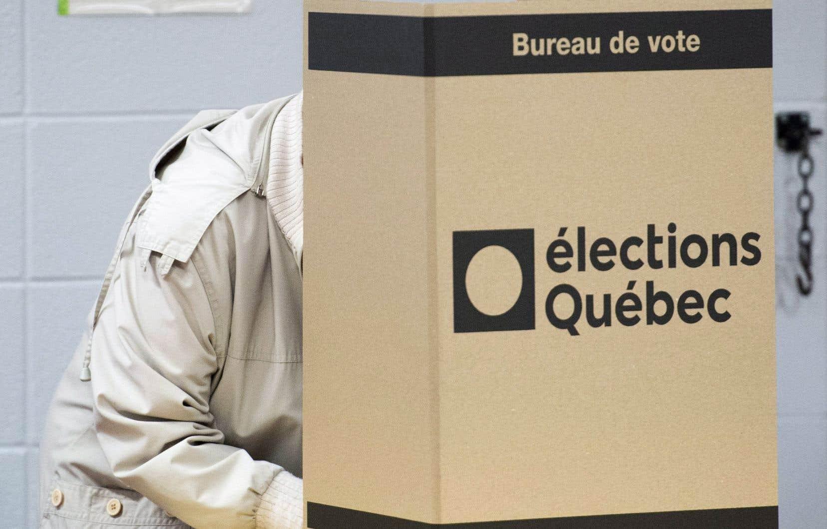 Dès les premiers résultats, Nancy Guillemette a pris les devants, accaparant plus de 50 pour cent du vote.