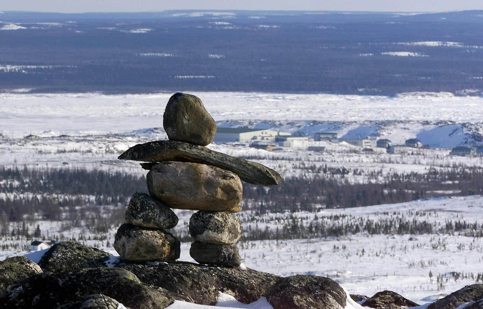 Les Inuits doivent passer de 30 à 60% plus de temps en prison avant d'être présentés à un juge, et ce, en raison de leur éloignement.