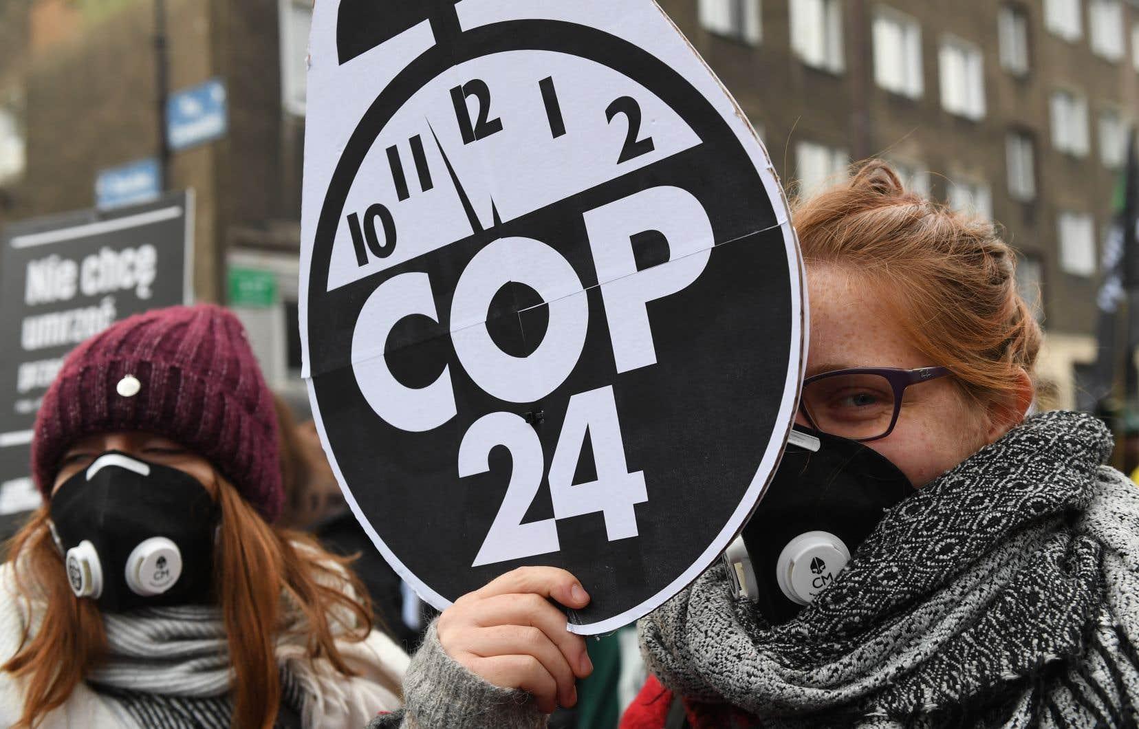 Pour le moment, les engagements pris par les différents pays conduisent la planète vers un réchauffement d'au moins 3°C, en supposant que tous respectent leurs engagements.