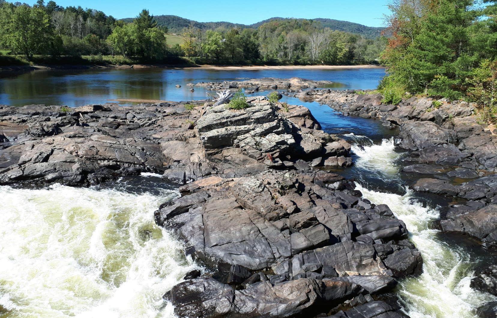 Le rivière Rouge, à Grenville-sur-la-Rouge
