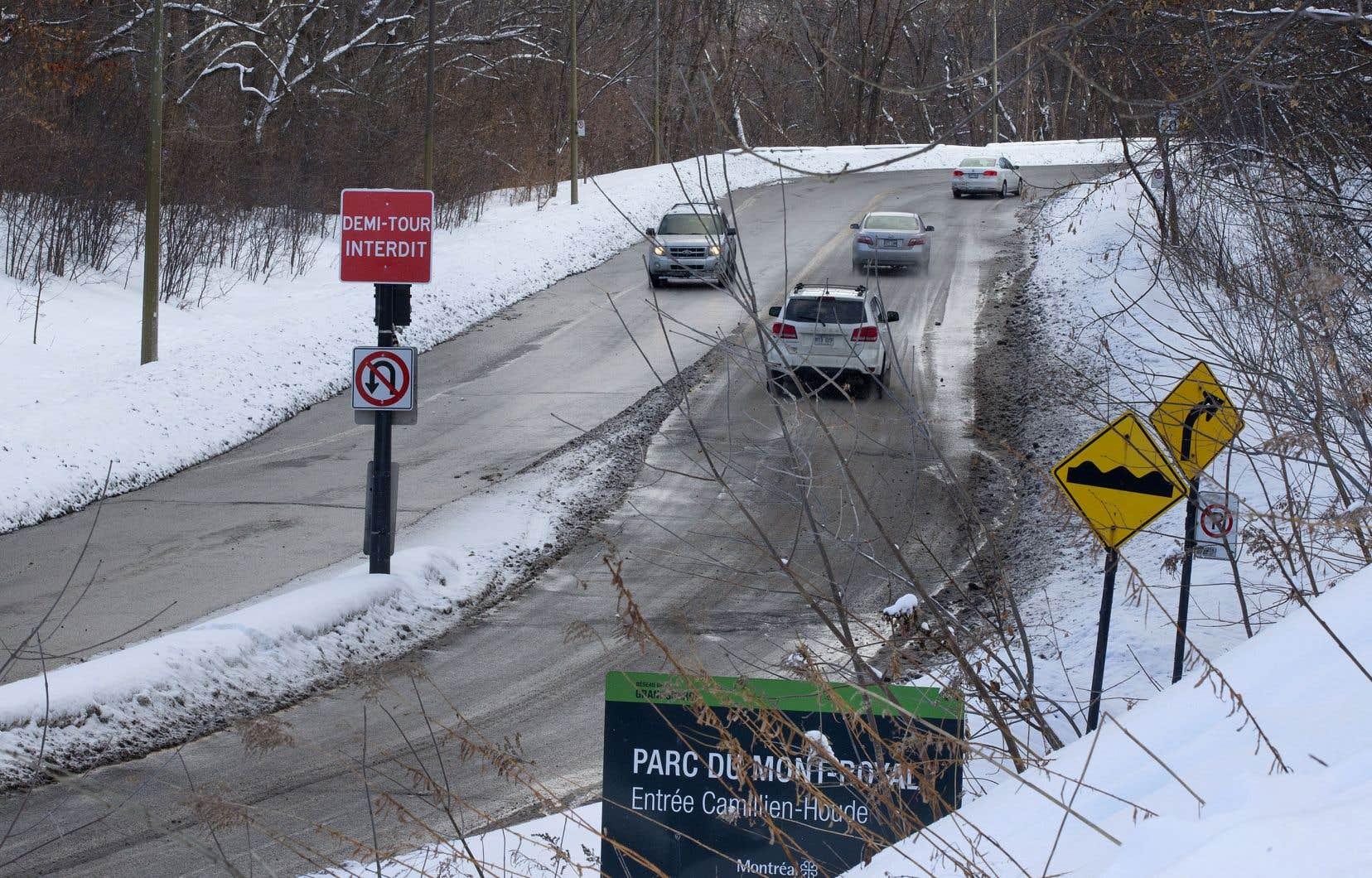 L'Office de consultation publique de Montréal a constaté que 58,7% des répondants considéraient que la tenue du projet-pilote interdisant la circulation de transit était une «très mauvaise idée».