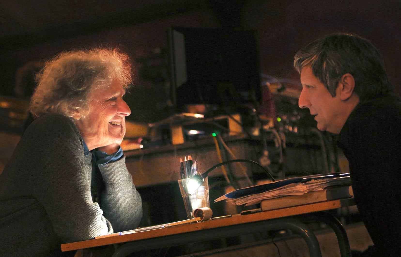 En septembre, Robert Lepage a finalement annoncé que le spectacle à Paris aurait bel et bien lieu, mais sous un nouveau titre: «Kanata. Épisode 1: La controverse».