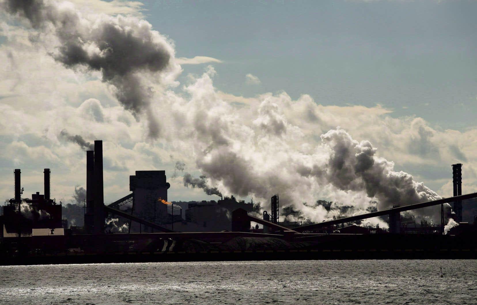 Il manque 79 mégatonnes pour que le Canada atteigne sa cible de réduction des gaz à effet de serre (GES) en 2030.