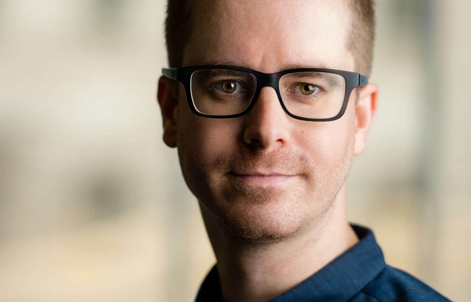 L'essayiste Nick Srnicek souligne combien la monopolisation des données fait prospérer Google et Facebook.