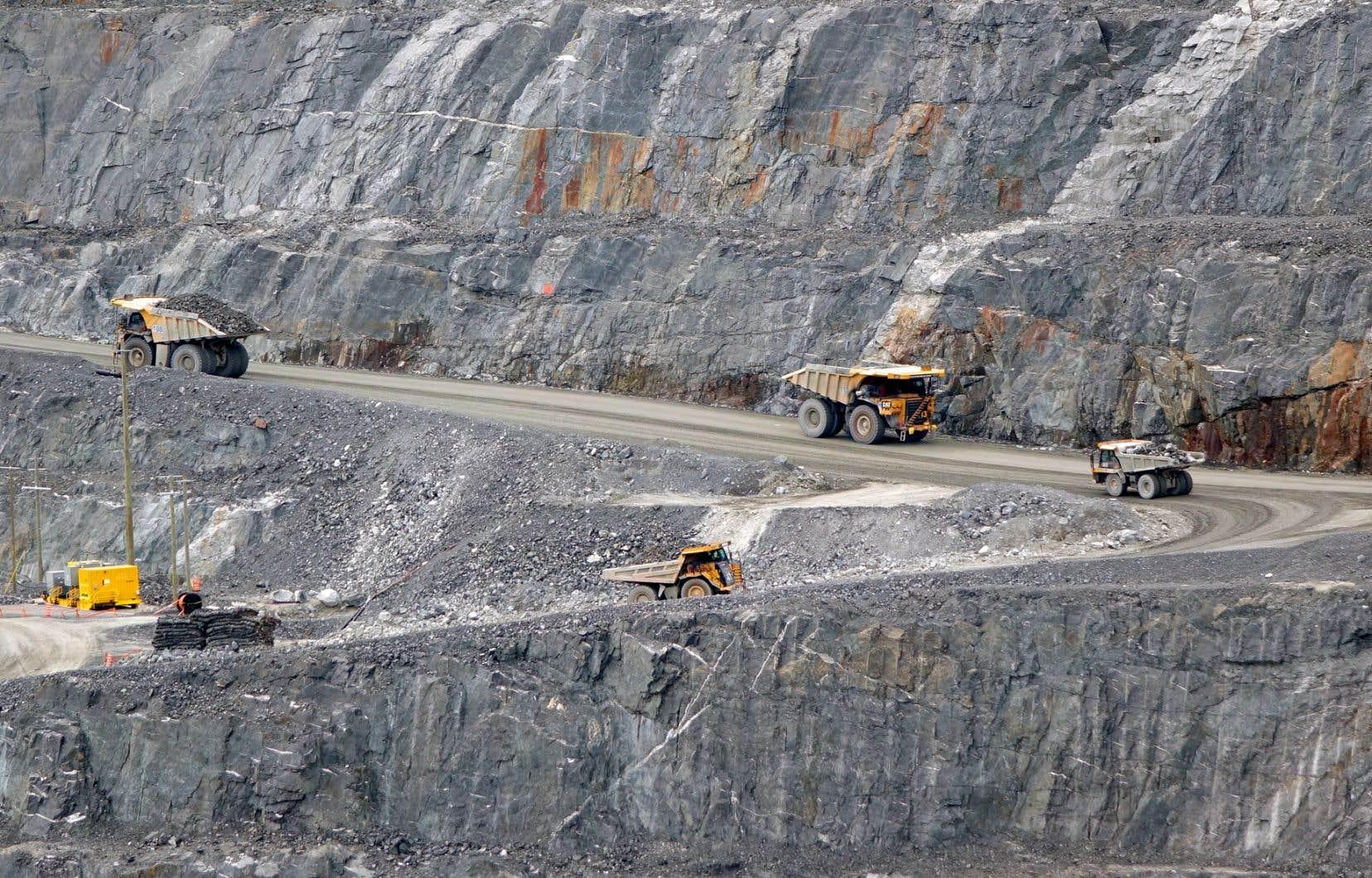 L'Association minière du Québecdit avoir vu d'un bon oeil l'arrivée au pouvoir de la Coalition avenir Québec en octobre.