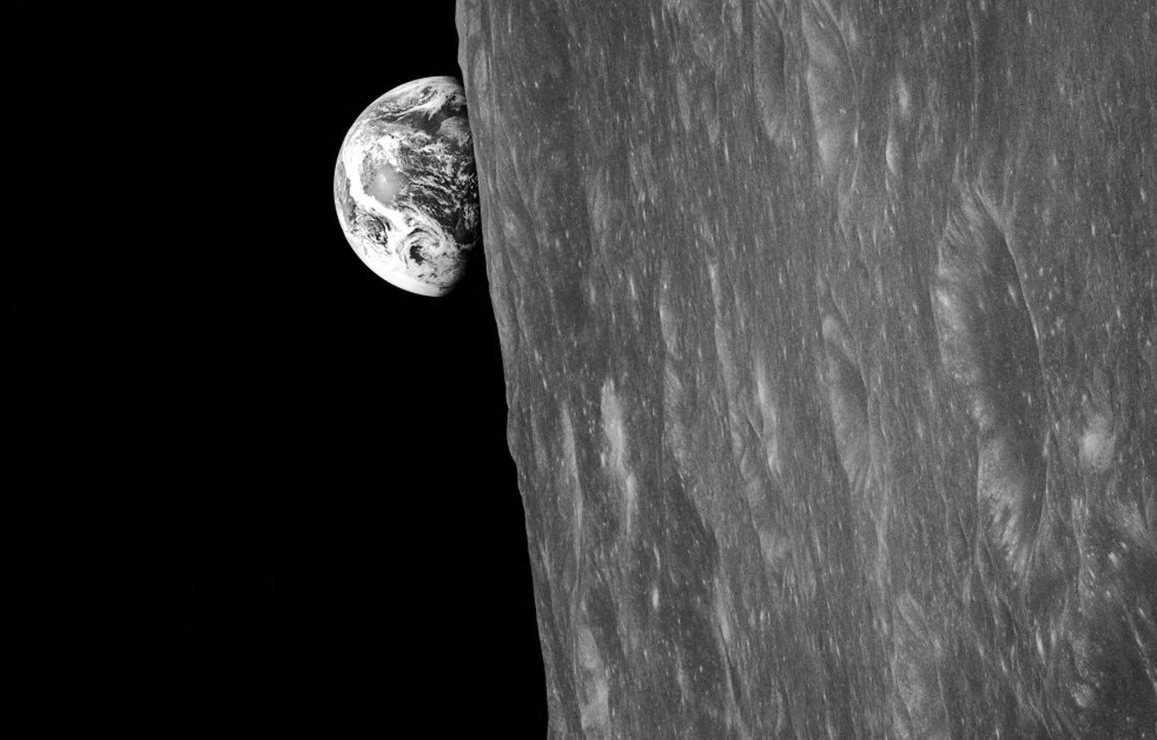 La Terre photographiée par les astronautes d'Apollo 8 le 24 décembre 1968
