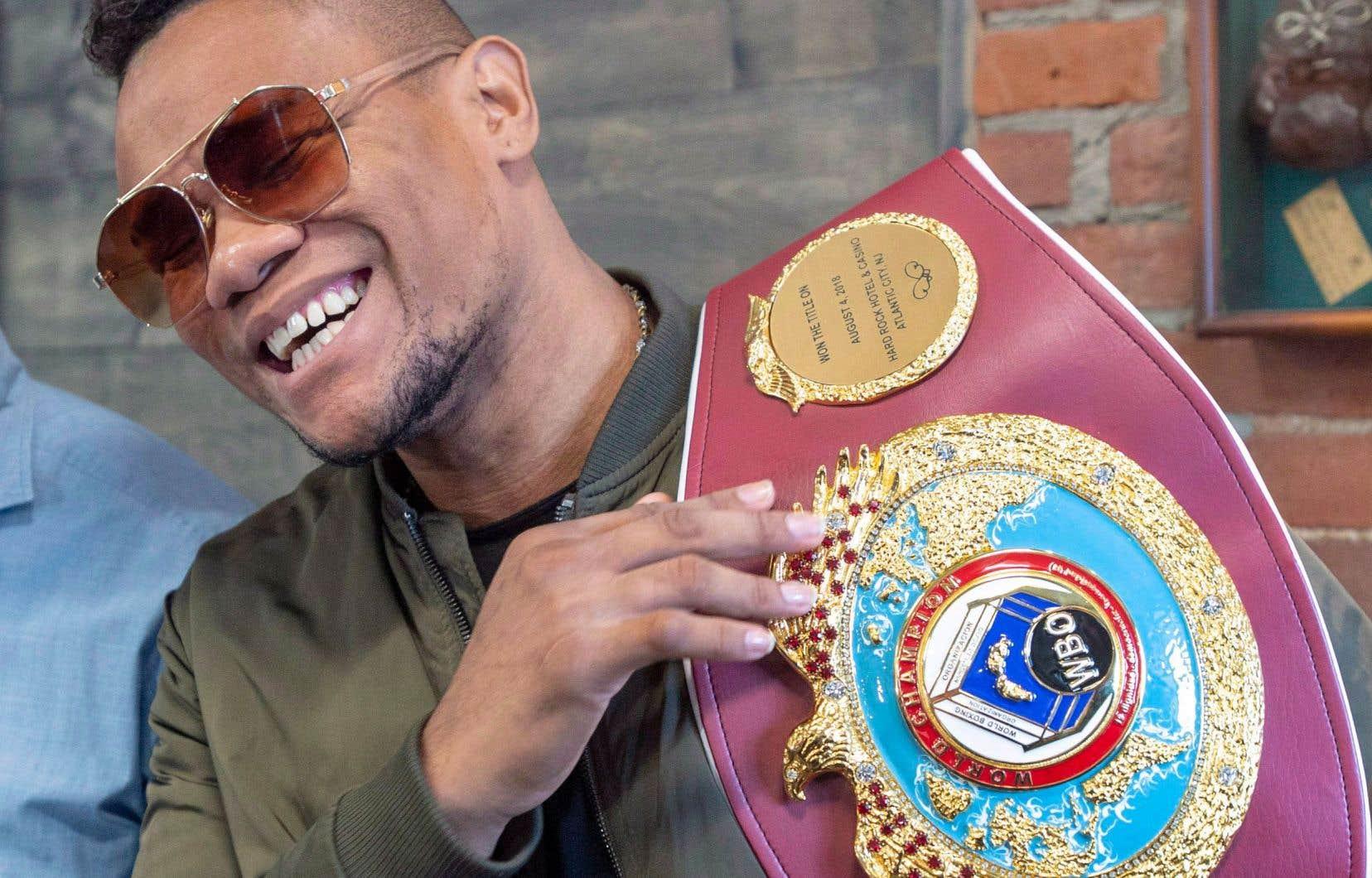 Eleider Álvarez défendra le 2février, à Frisco au Texas, la ceinture des mi-lourds de la World Boxing Organization, qu'il a ravie à Sergey Kovalev le 4août dernier dans l'un des combats de l'année sur la scène internationale.