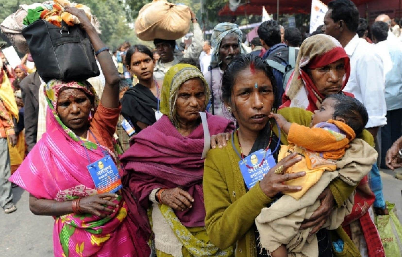 Marche de protestation de dalits (intouchables) à New Delhi en 2009. Le système de castes survit bien dans l'Inde de l'ère technologique.