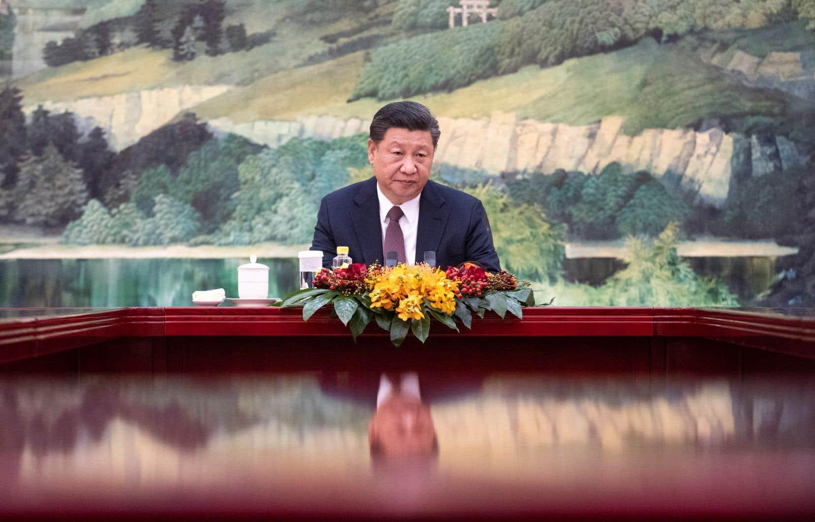 Xi Jinping semble avoir passé un savon mardi et mercredi aux membres du Bureau politique du Parti communiste chinois (PCC).