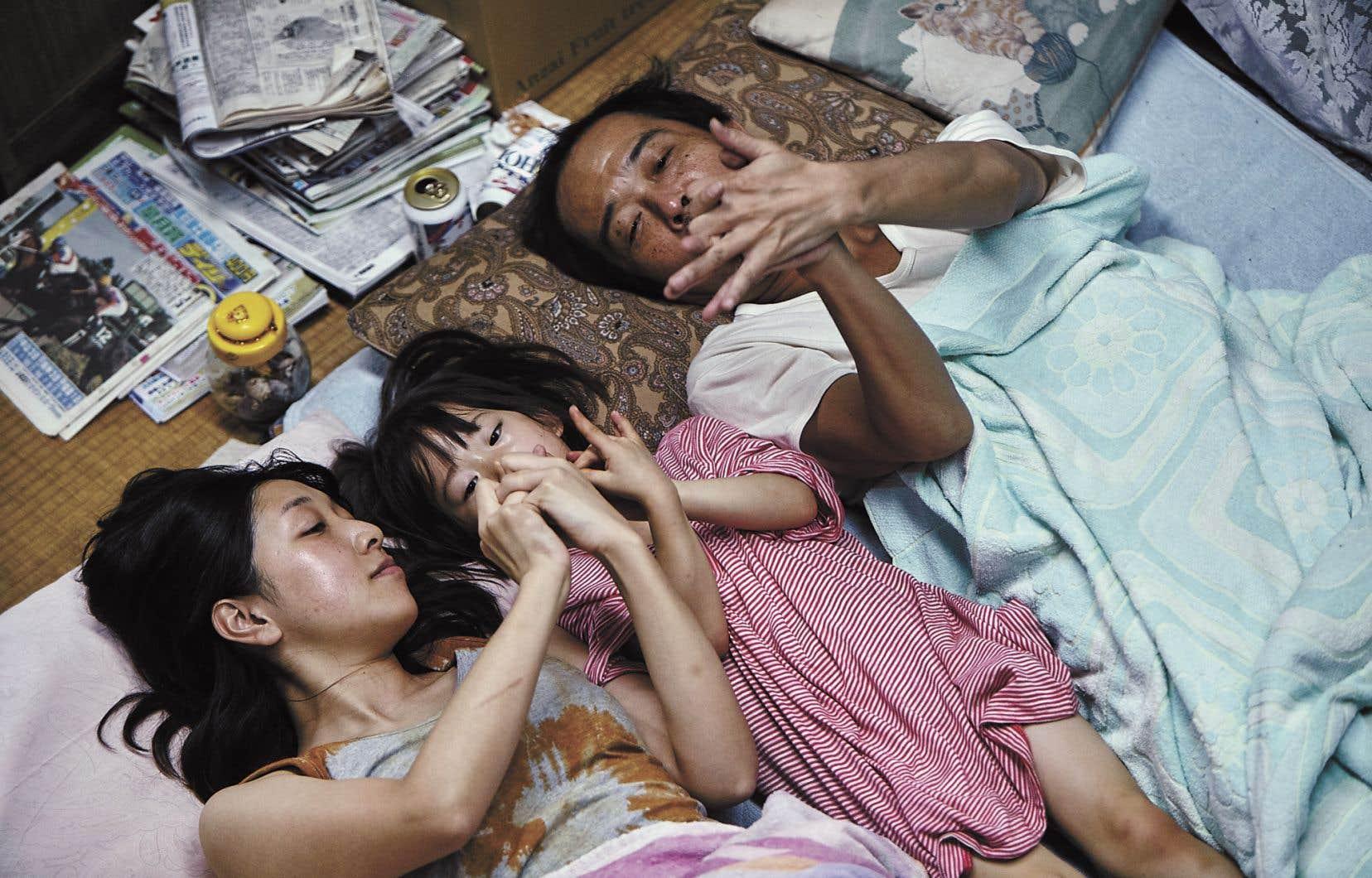 <p>Porté par une poésie visuellesur laquelle l'adversité n'a aucune prise, «Une affaire de famille»<em></em>estun film qui reste.</p>