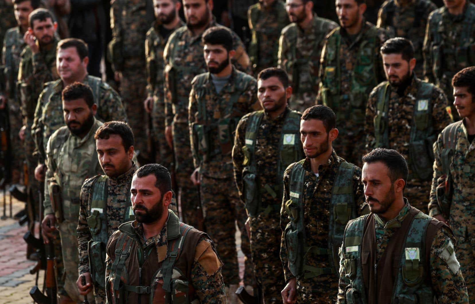 Le 28décembre, les YPG, confirmant leur retrait de la région face aux «menaces turques», avaient appelé l'armée syrienne à reprendre leurs positions.