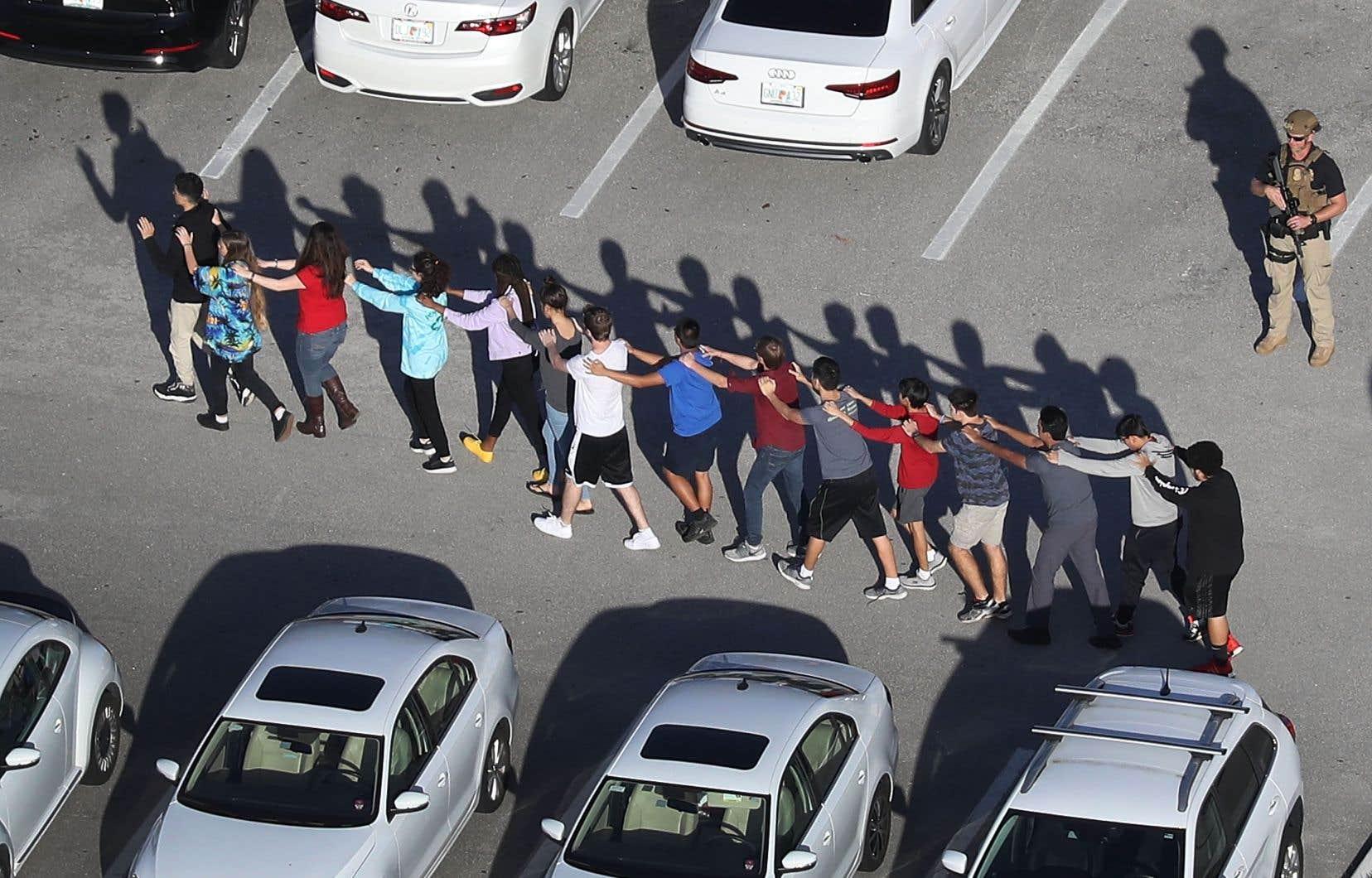 Au cours de la fusillade du 14février dernier, Nikolas Cruz a tué 17 personnes avec un fusil d'assaut AR-15 dans le lycée Marjory Stoneman Douglas, son ancien établissement.