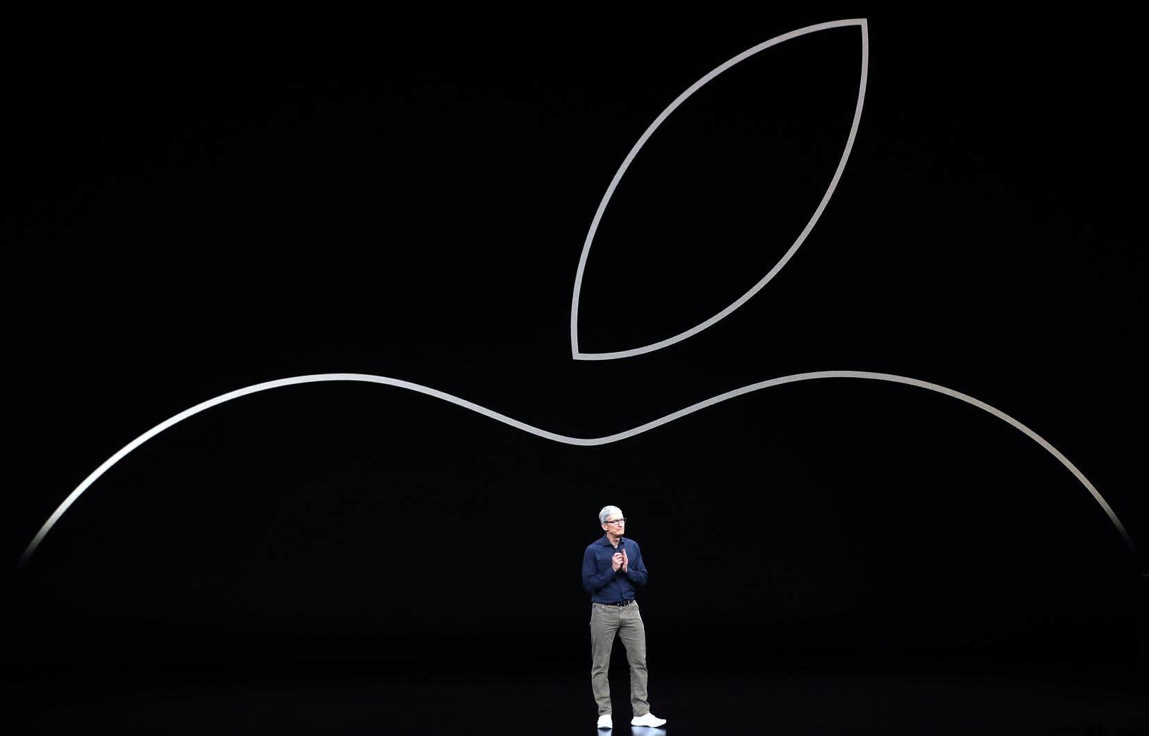Mercredi soir, le patron d'Apple, Tim Cook, a annoncé que les ventes du géant technologique ne seraient pas aussi bonnes que prévu et a réduit encore des prévisions qui avaient déjà été jugées timides.