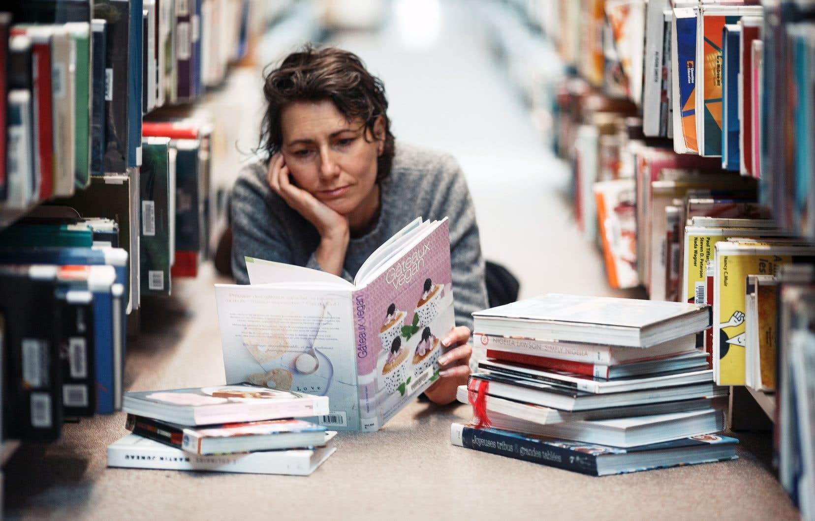 Pour Catherine Lalonde, les bibliothèques servent d'exutoire, tout en répondant à son désir de consommer moins.