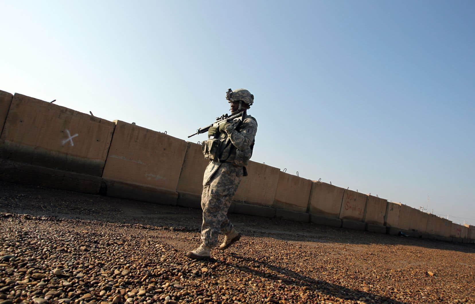 Le retrait américain de Syrie doit se faire en «assurant» la défense des alliés des États-Unis dans la lutte contre les groupes terroristes, a fait savoir le conseiller pour la sécurité nationale de la Maison-Blanche.