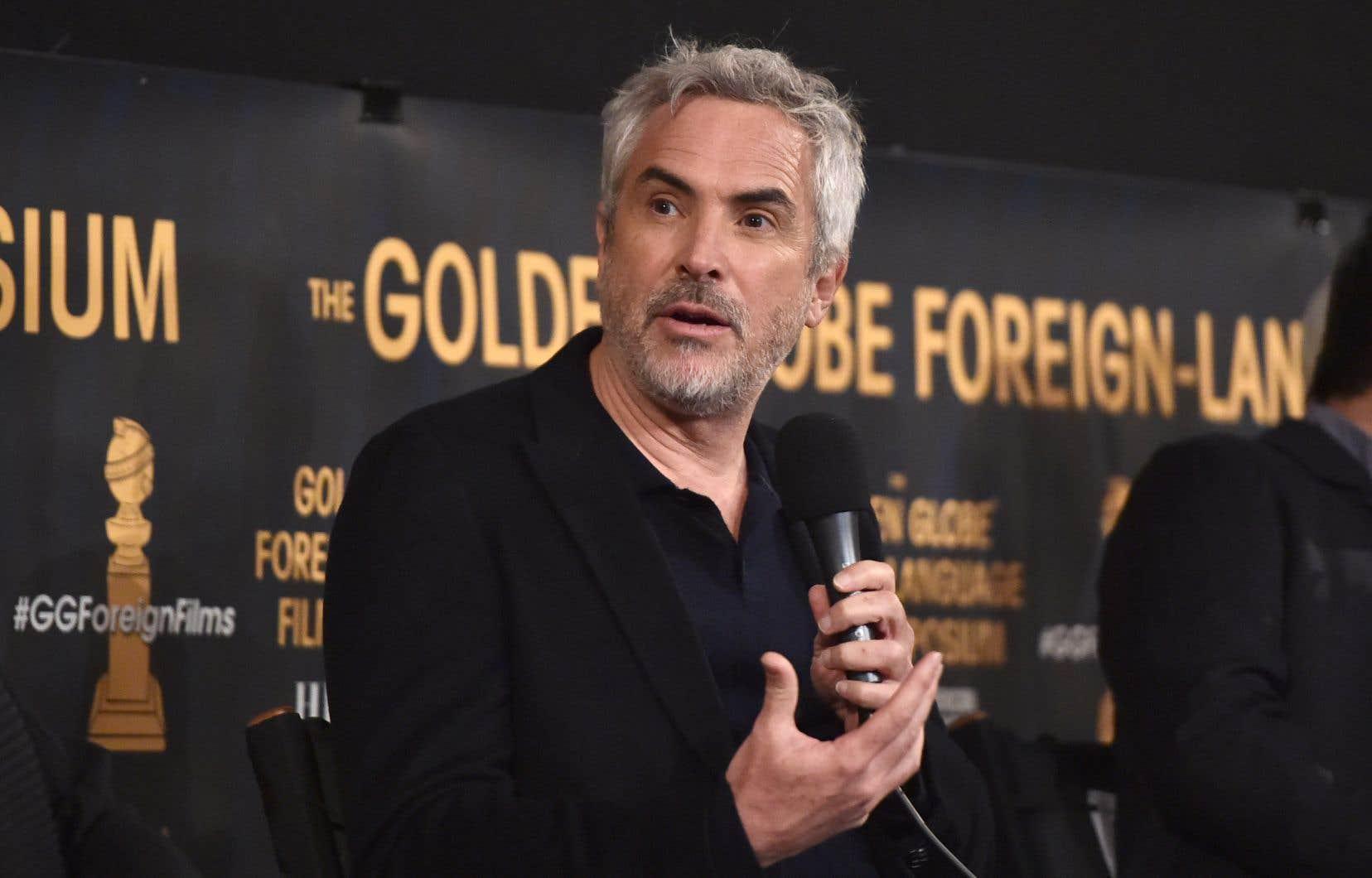 Alfonso Cuaron a rendu hommageaux actrices Yalitza Aparicio et Marina De Tavira, qui jouent dans «Roma»les deux femmes qui ont marqué sa vie.