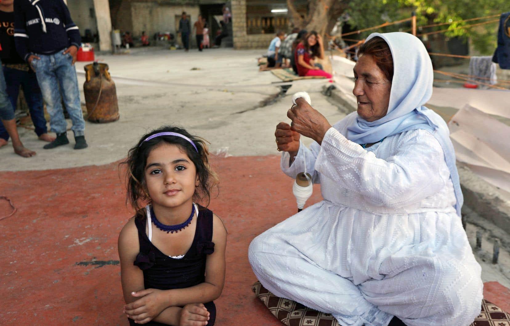 La traite à des fins d'exploitation sexuelle est de loin la plus courante. L'ONU cite le cas de milliers de filles et de femmes de la minorité yézidie asservies par le groupe État islamique en Irak.