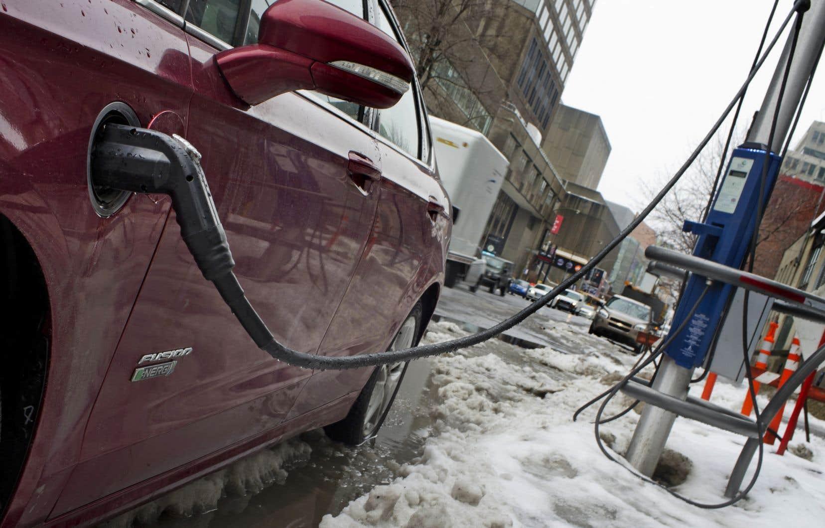 L'Ontario, le Québec et la Colombie-Britannique représentaient 97% de tous les véhicules rechargeables vendus au Canada entre 2013 et 2018.
