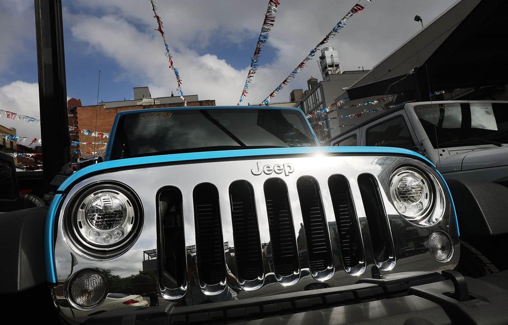Dans le cas de Fiat Chrysler, les voitures concernées sont des 4X4 de loisir (SUV) Jeep Grand Cherokee et des pick-up Ram, modèles 2014 à 2016.