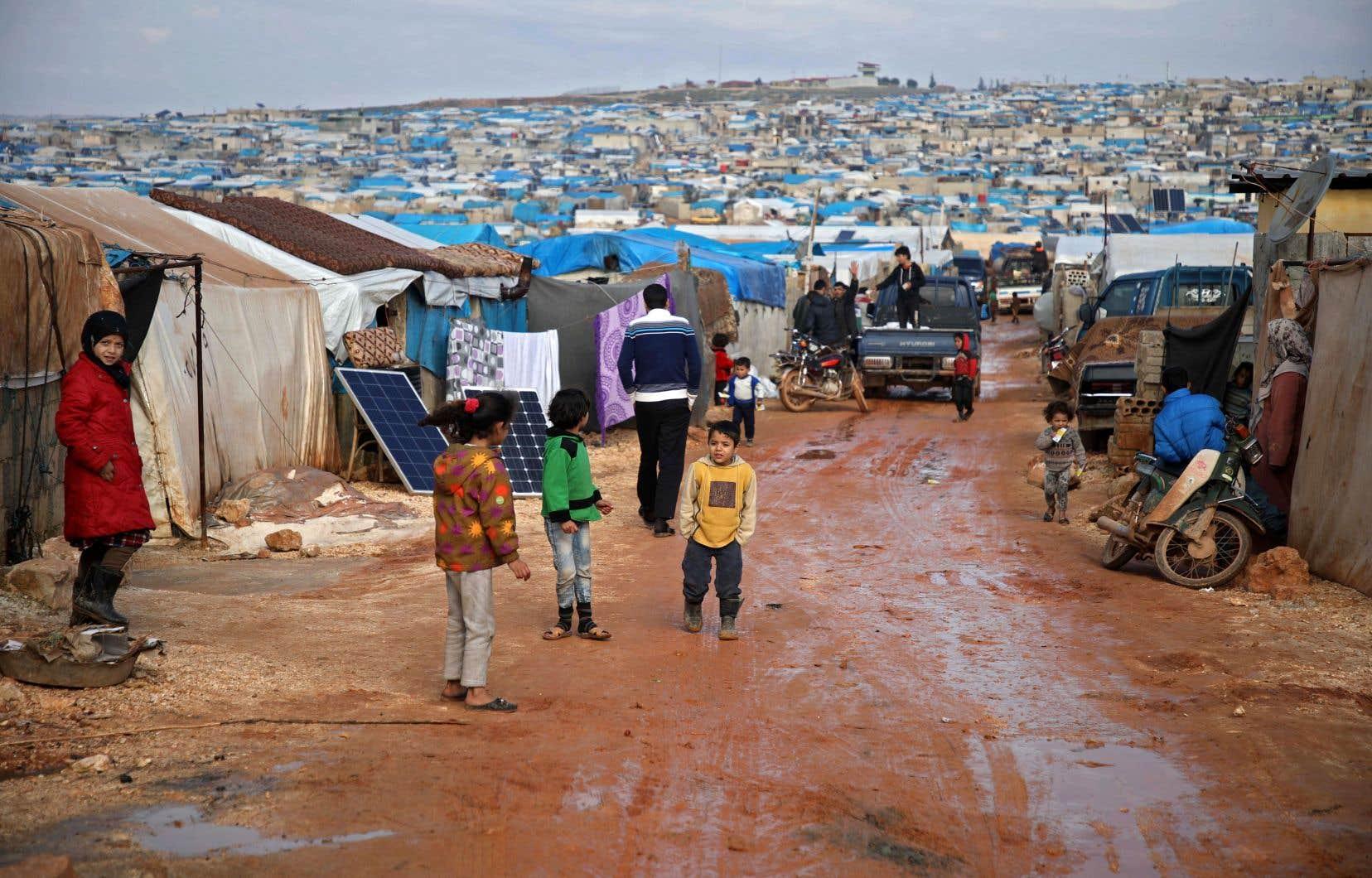 Un camp de personnes déplacées à Atme, une zone de la province d'Idlib qui échappe au contrôle du régime.