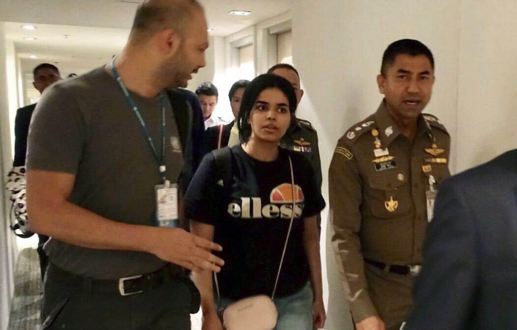 Fuyant sa famille, Rahaf Mohammed al-Qunun a été interceptée à l'aéroport international de Bangkok samedi dernier.