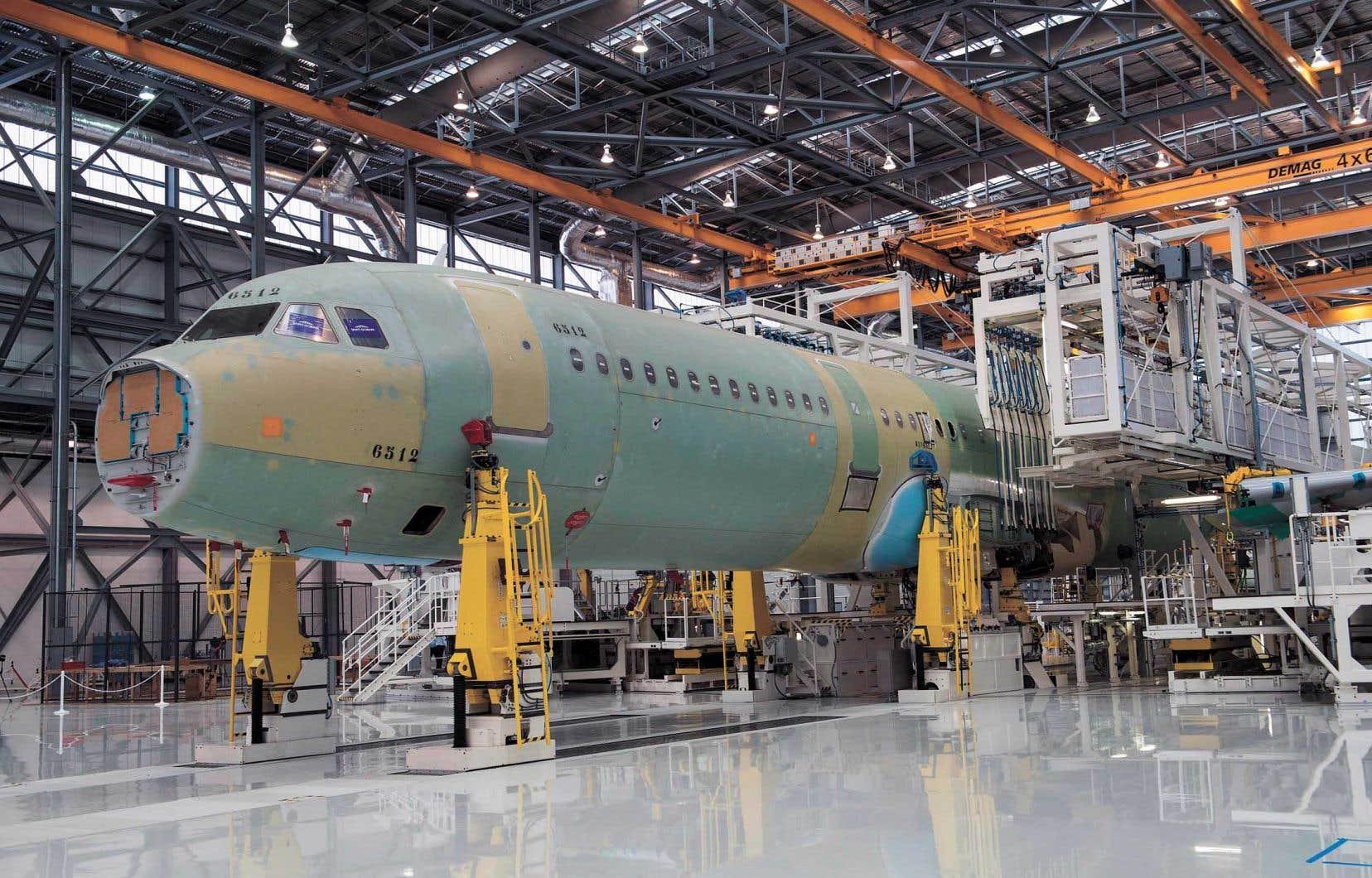 Airbus agrandira ses installations de Mobile en Alabama pour permettre l'assemblage des appareils A220. L'entreprise procédera mercredi à la première pelletée de terre pour la nouvelle chaîne de montage.