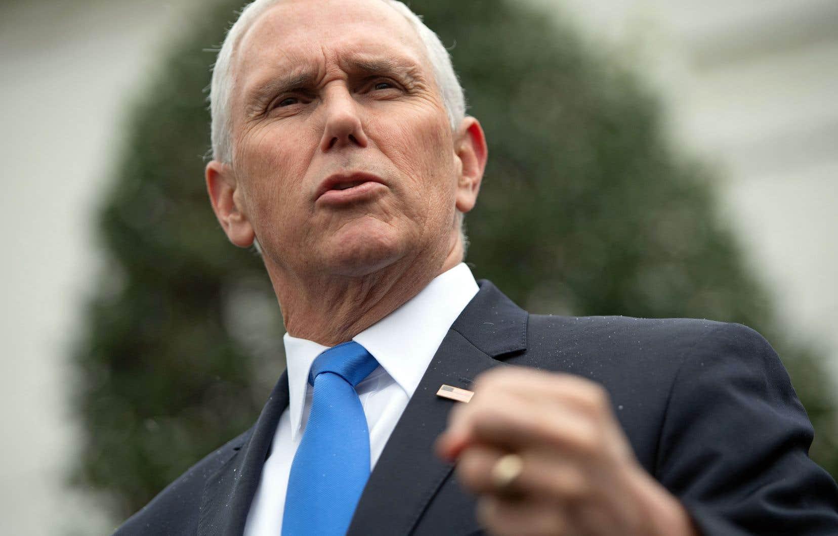 Le vice-président américain, Mike Pence, a affirmé que les États-Unis rendraient impossible toute résurgence de l'organisation État islamique, après le décès de militaires américains.