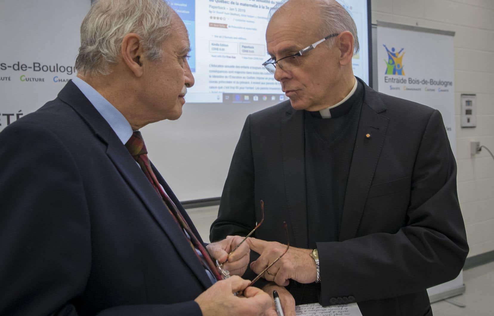 Le docteur Raouf Ayas et l'abbé Robert Gendreau, essayistes et conférenciers qui s'opposent au programme d'éducation sexuelle.
