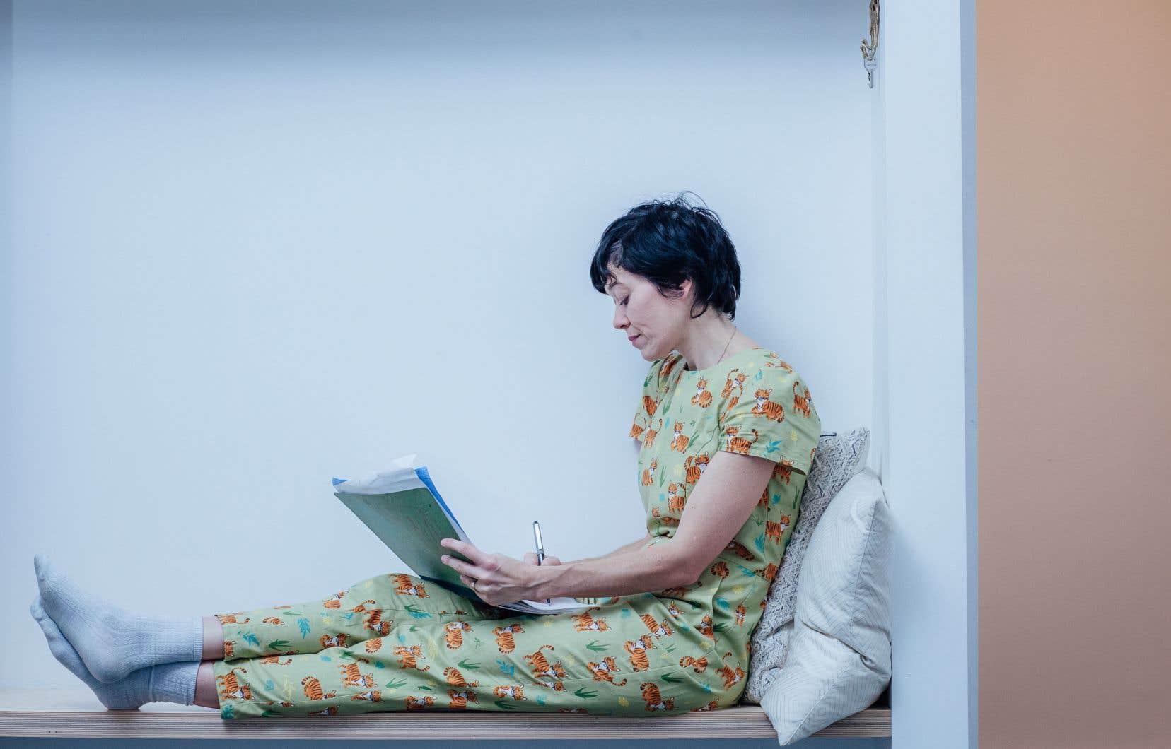 Sandra Dumais, auteure et illustratrice à la plume et aux pinceaux minutieux