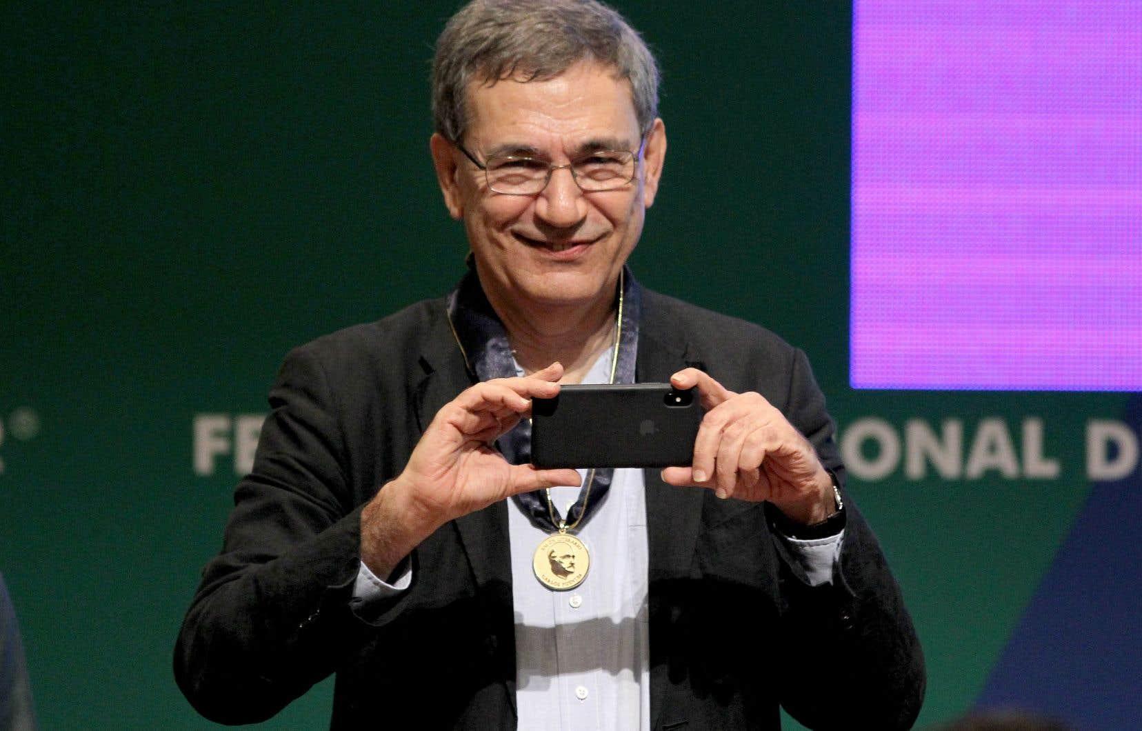 Le romancier turc nobélisé Orhan Pamuk