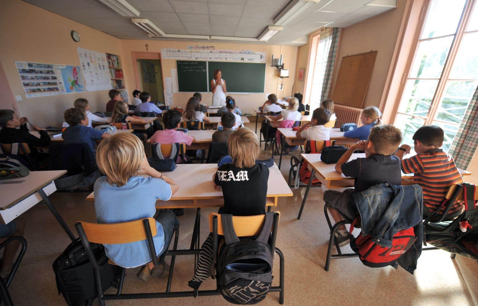 Le principe de base qui doit fonder la laïcité scolaire est celui de la protection de la jeunesse.