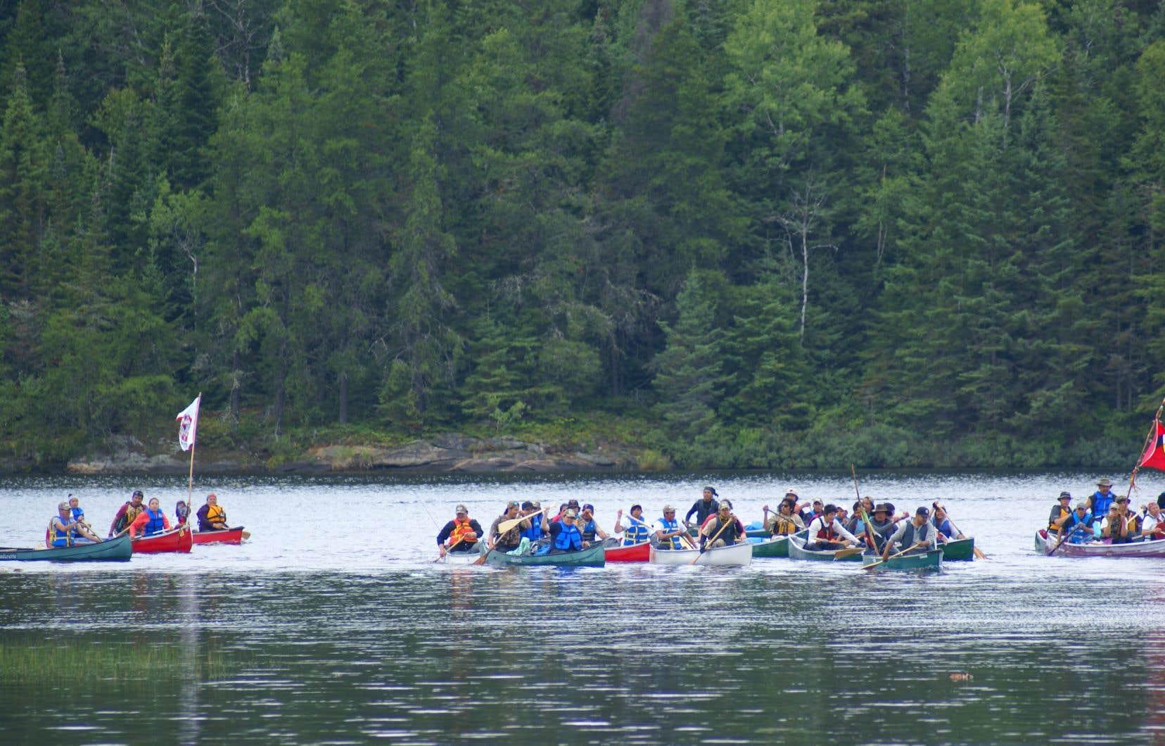 Les Atikamekw veulent un «titre exclusif» sur le territoire et demandent aux tribunaux de reconnaître leur droit «de décider comment le territoire sera utilisé».