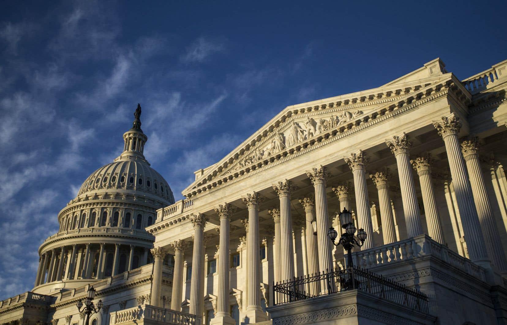 Pour être approuvé, un texte doit obtenir 60 voix au Sénat, où les républicains détiennent 53 des 100 sièges.