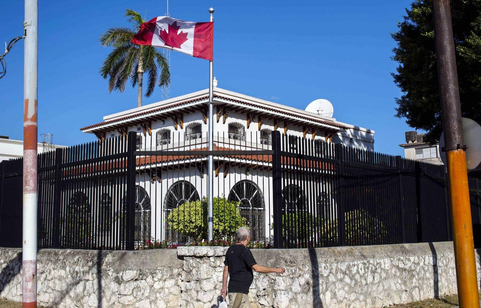 Pas moins de 14 Canadiens ont été affectés d'un mal étrange à la suite d'«attaques acoustiques» dont on ignore la source.