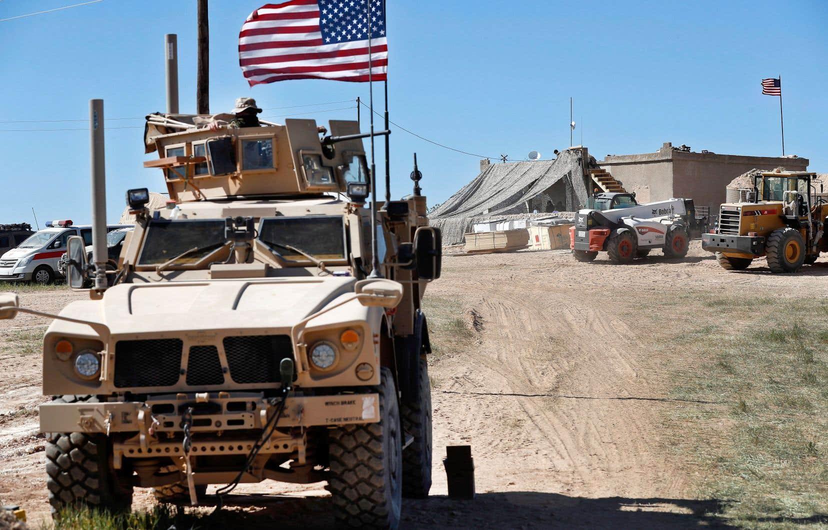 En décembre dernier, le président Donald Trump a soudainement annoncé le retrait des soldats américains de Syrie, affirmant alors que les djihadistes du groupe EI avaient été vaincus.