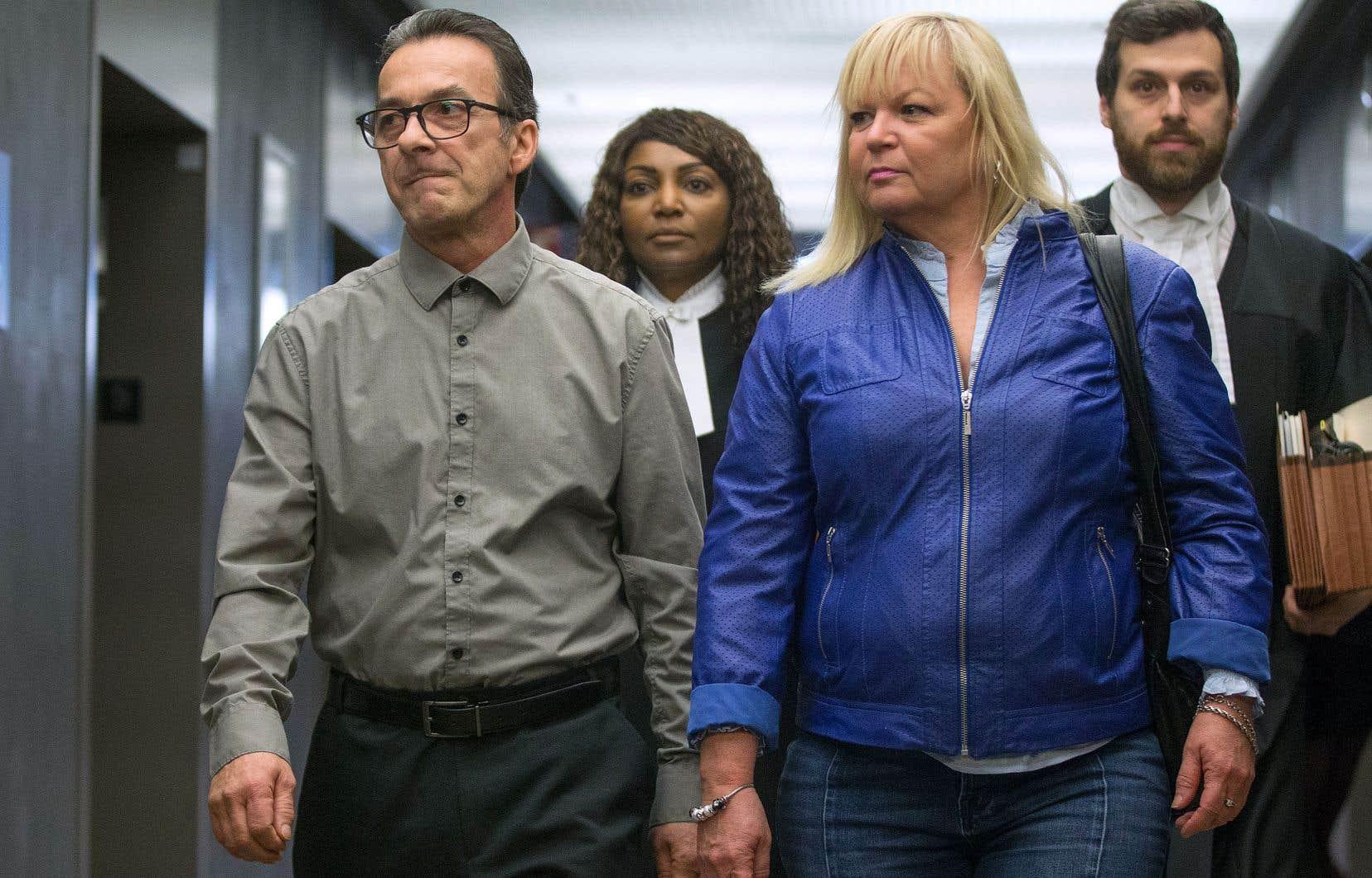 Johanne Lizotte s'est portée jeudi à la défense de son beau-frère Michel Cadotte, accusé du meurtre de Jocelyne Lizotte. Elle a notamment affirmé qu'il s'était montré très patient avec elle.