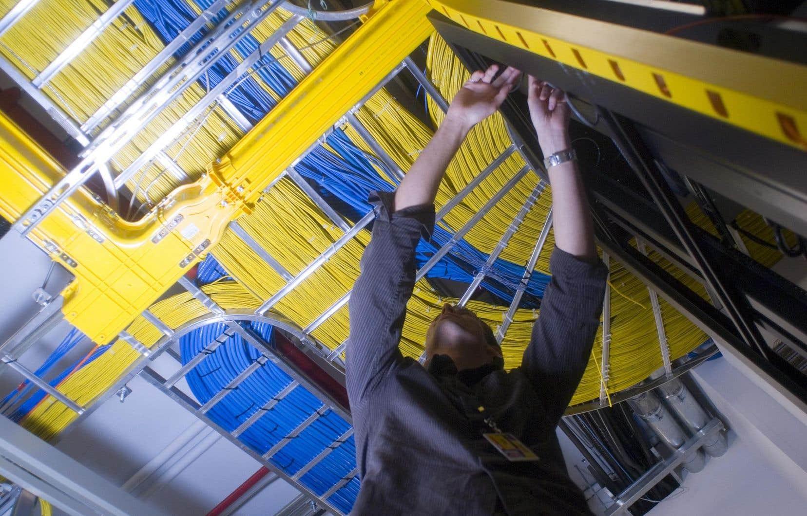 En campagne électorale, François Legault avait promis d'offrir l'accès à Internet à tous les Québécois qui en sont privés d'ici la fin de son premier mandat.