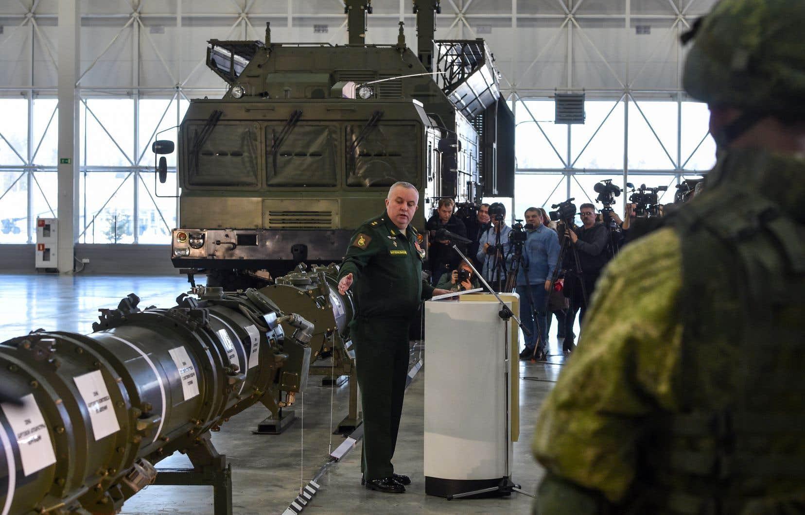 Vladimir Poutine a menacé d'adapter des engins de portée intermédiaire jusqu'alors déployés en mer ou dans les airs pour qu'ils puissent être tirés à partir du sol.