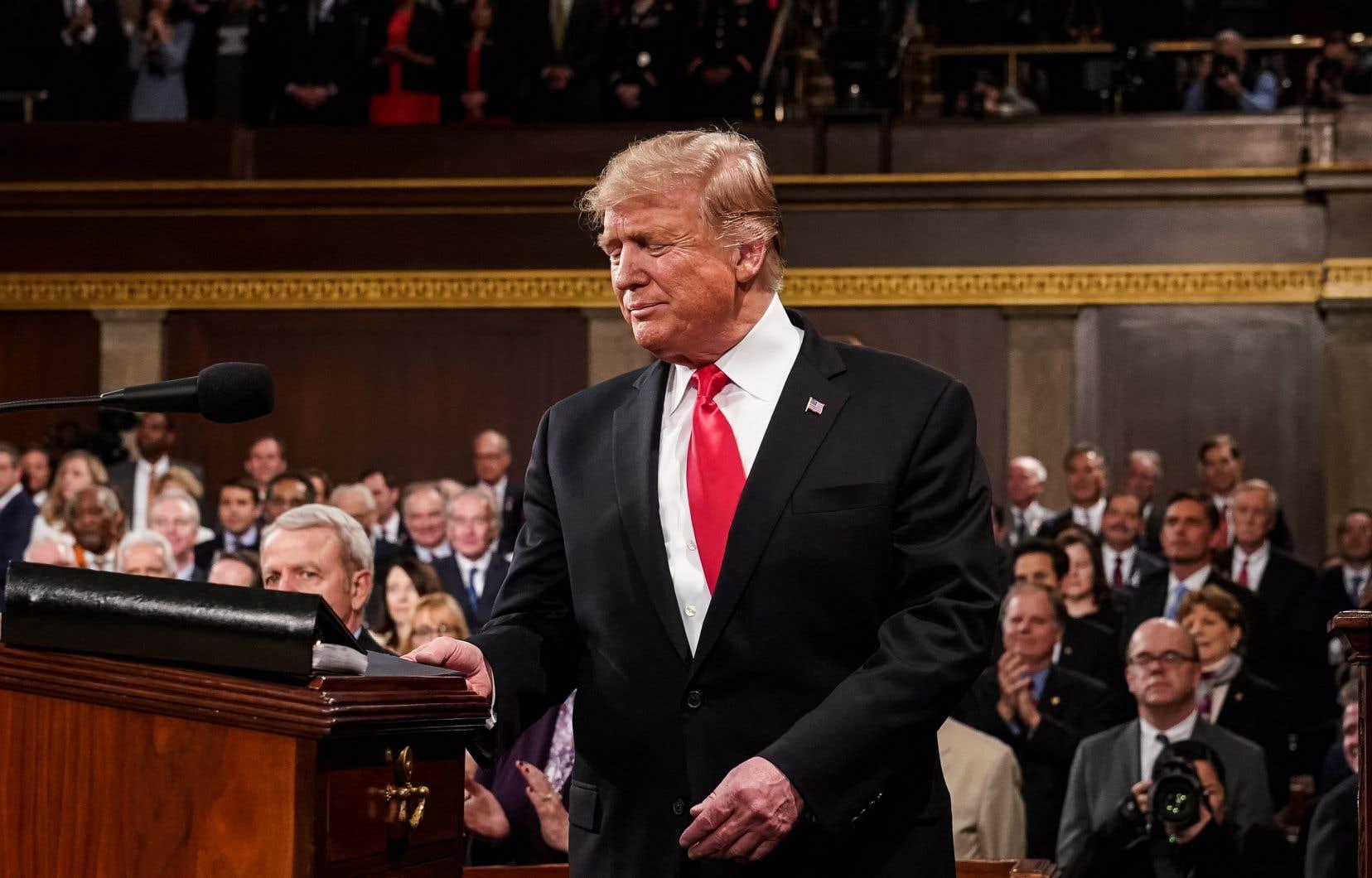 Devant les élus des deux chambres du Congrès, le président Donald Trump a mis de côté son habituelle rhétorique belliqueuse le temps d'un discours.