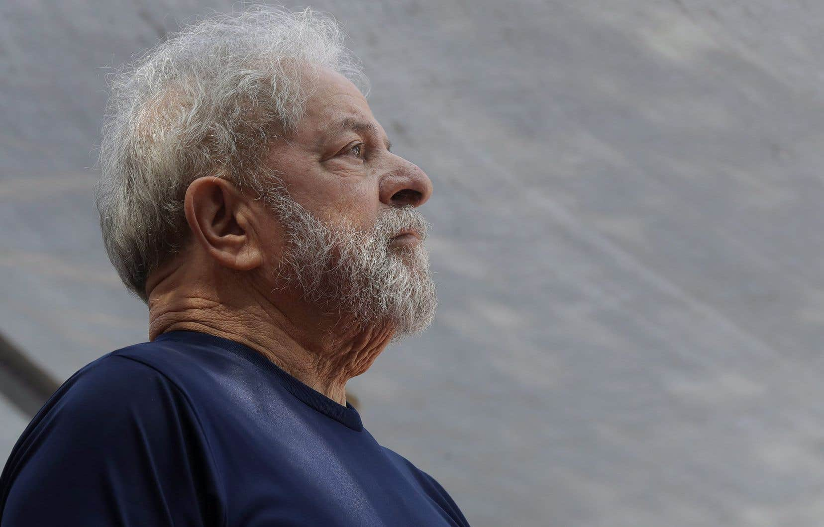 L'ex-président brésilien Lula a toujours réfuté les accusations liées à sa nouvelle condamnation.