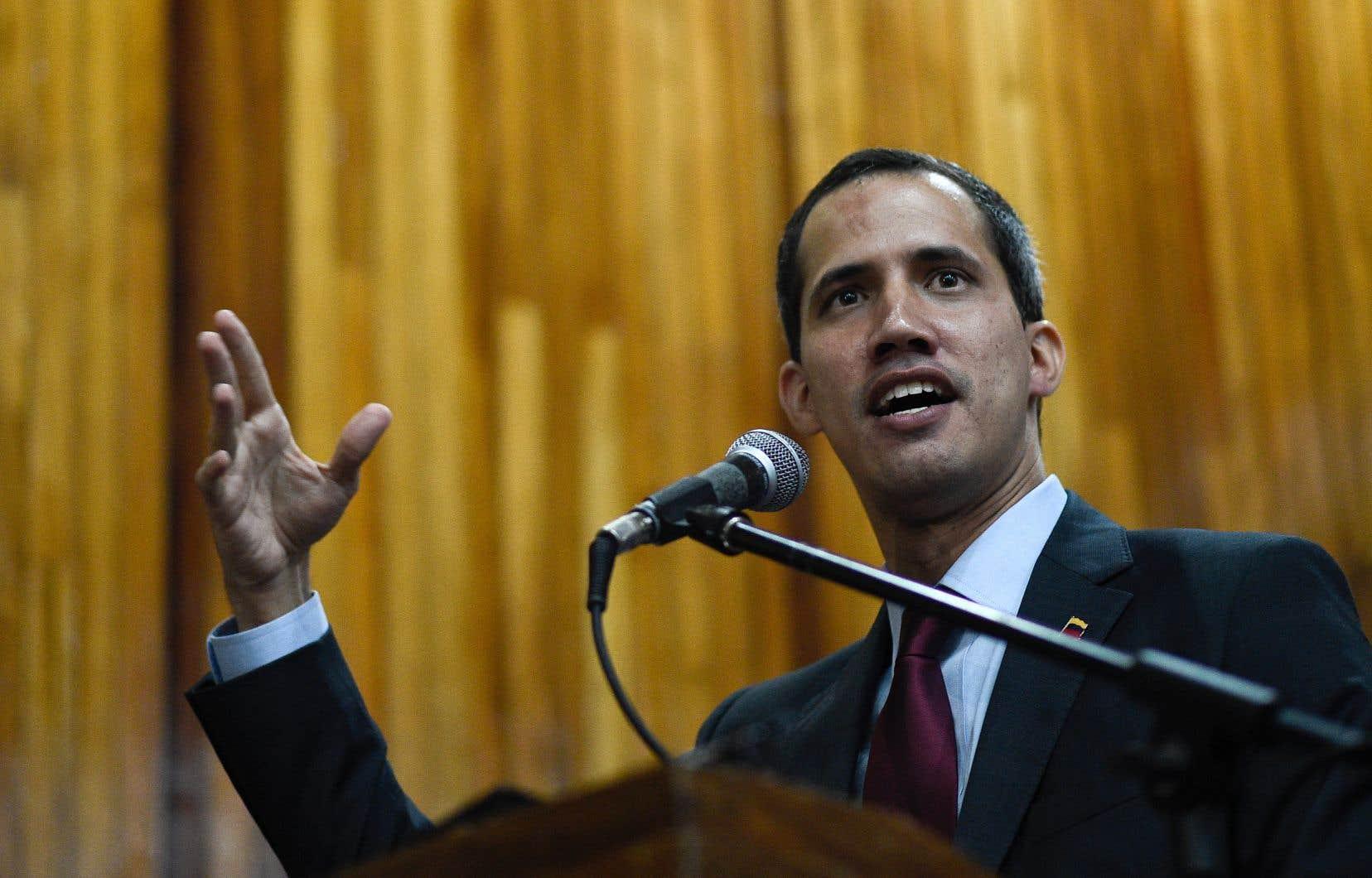 Outre 21 pays de l'UE, Juan Guaidó a l'appui des États-Unis, du Canada et d'une douzaine de pays latino-américains.
