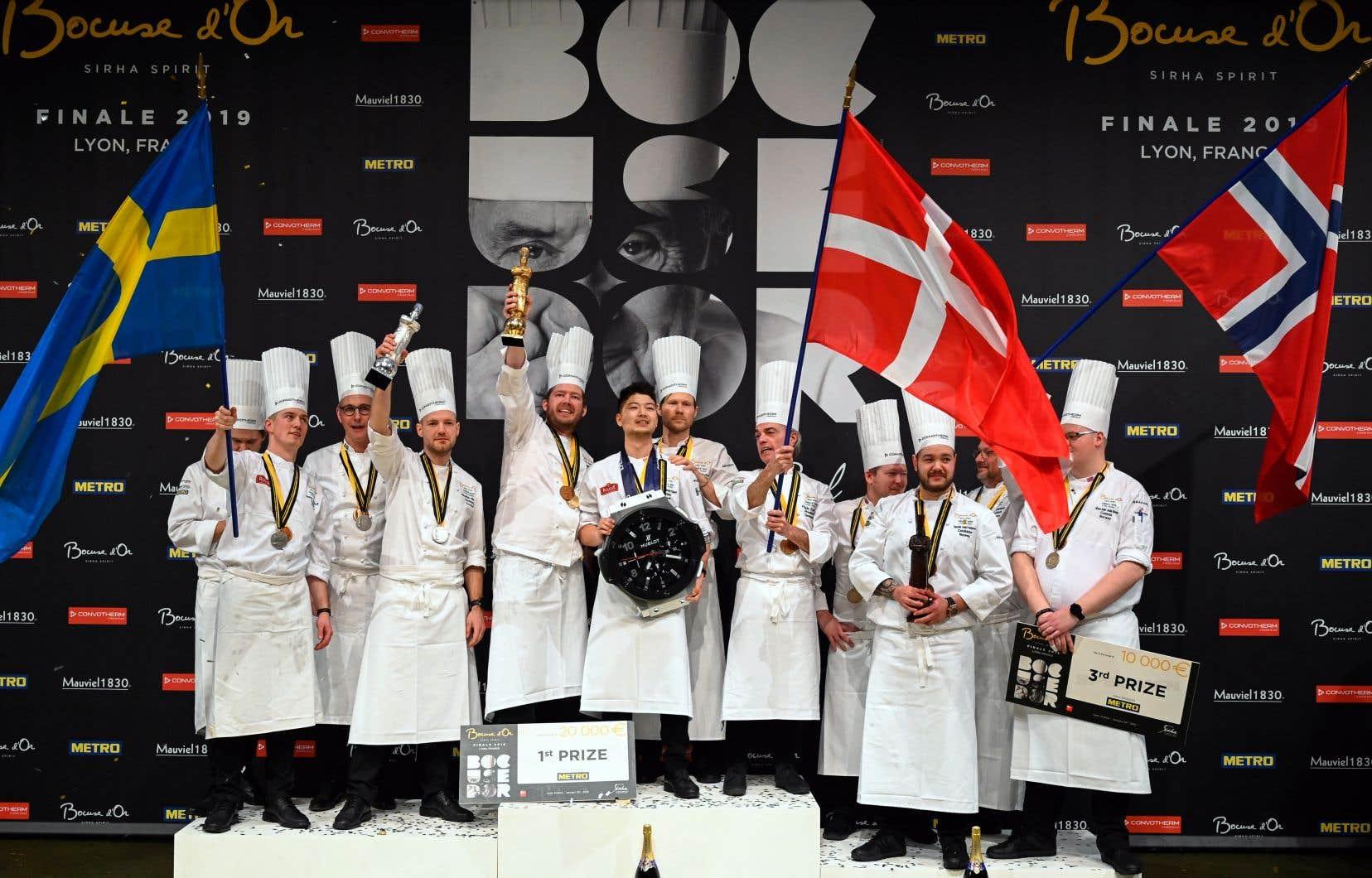 Cela fait deux années consécutives que l'équipe danoise remporte l'or. C'est le lauréat du Bocuse d'Or 2011, Rasmus Kofoed, qui a entraîné l'équipe de cette année, menée par le chef Kenneth Toft-Hansen et le commis Christian Wellendorf.