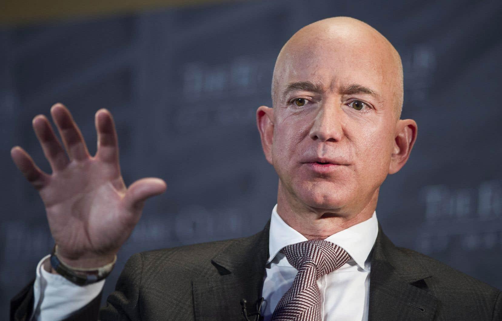 <p>Jeff Bezos, l'homme le plus riche du monde, avait affirmé que le groupe American Media Inc, propriétaire du <em>National Enquirer</em>, avait tenté de le faire chanter.</p>