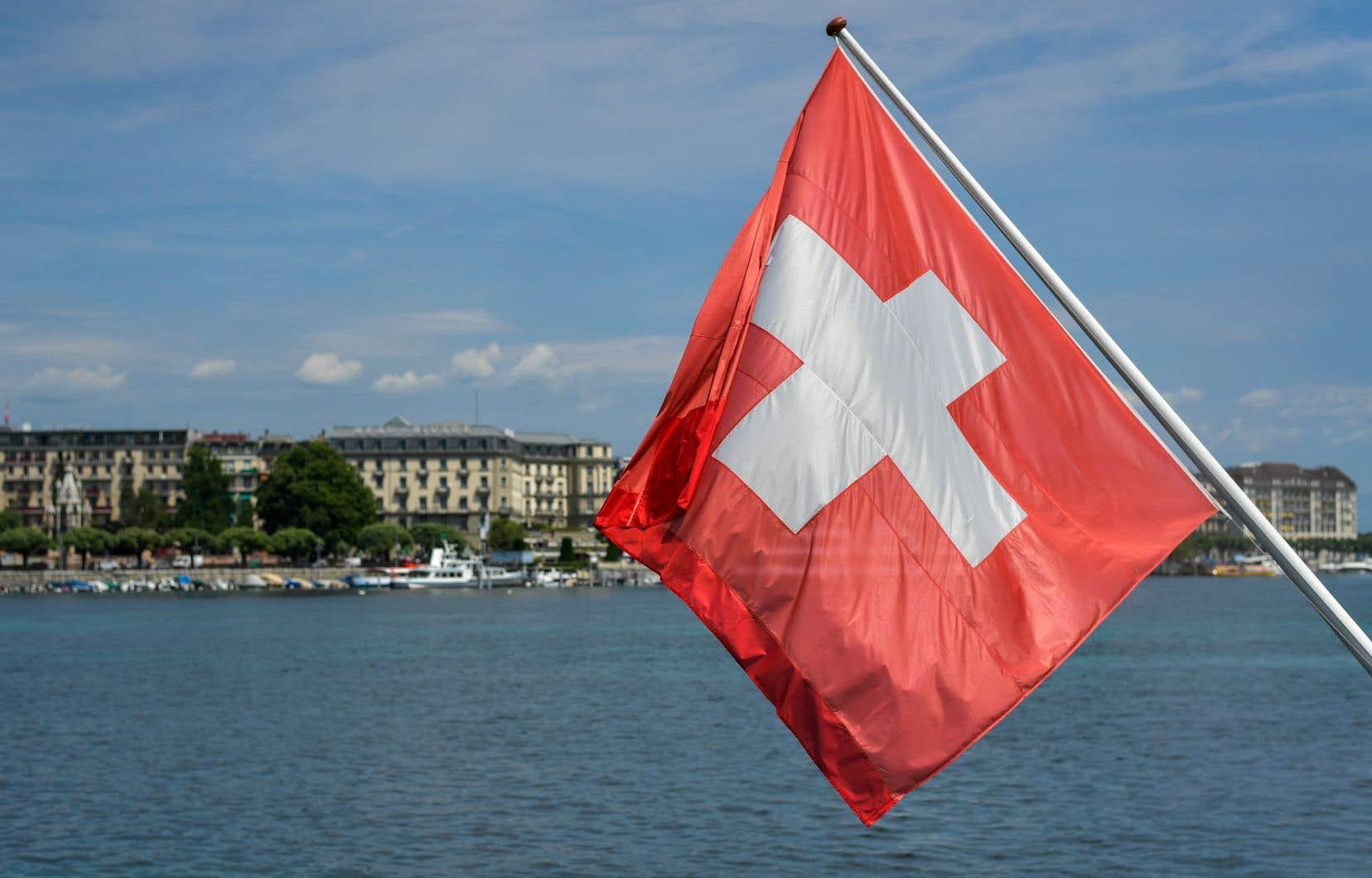 Le vote du canton de Genève figurait au nombre de plusieurs sujets locaux, régionaux et nationaux sur lesquels la Suisse votait dimanche dans le cadre de son système de démocratie directe.