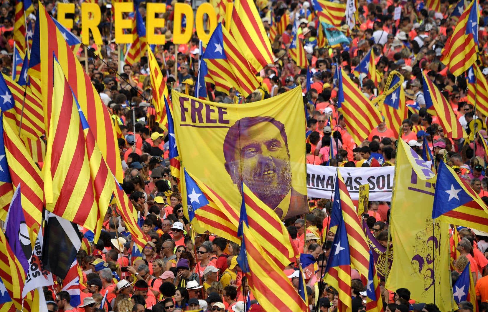 Oriol Junqueras, l'ex-vice-président du gouvernement régional catalan, et 11 autres personnes sont jugés pour leur rôle dans l'organisation d'un référendum sur l'indépendance le 1er octobre 2017.