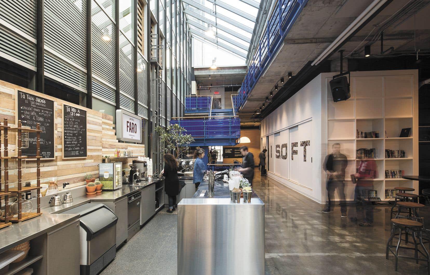 Chez Ubisoft, le bois est intégré aux différents espaces afin de transmettre de la chaleur.