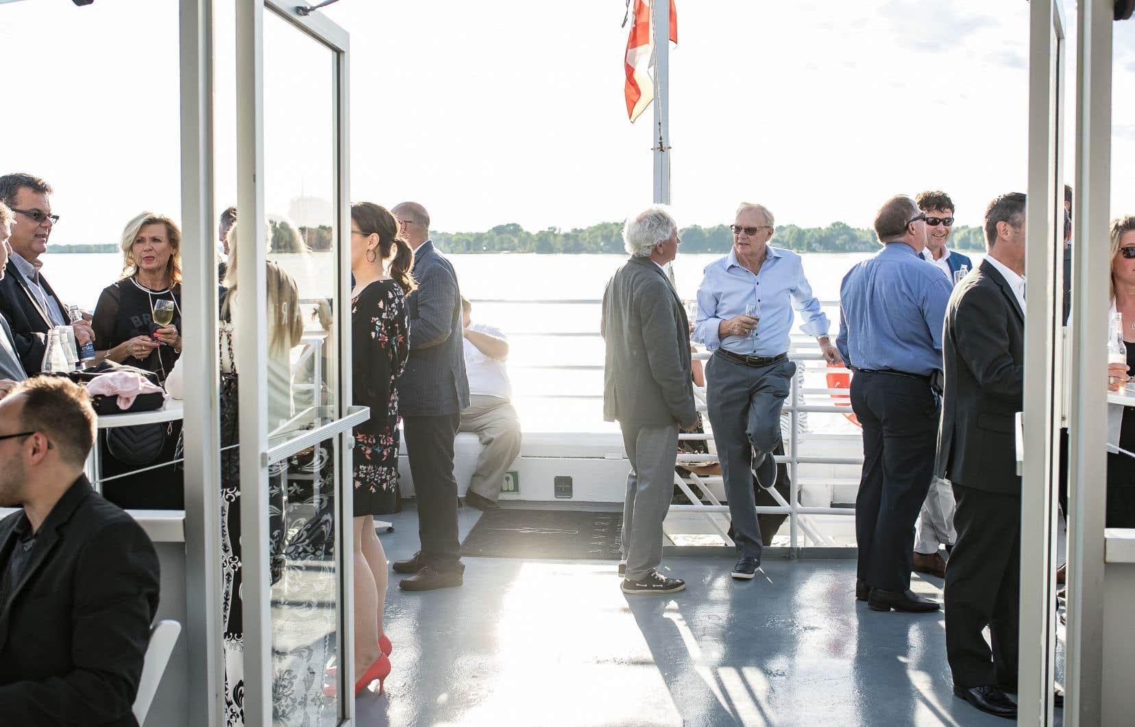 Il est maintenant possible de louer un des onze bateaux de la flotte du croisiériste Navark pour tenir un événement d'affaires sur le fleuve Saint-Laurent.
