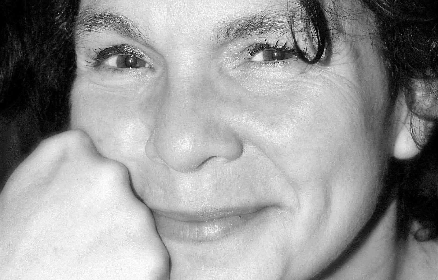 Sonia Perron tente ce que peu oseraient faire: raconter l'intolérable, avec une sobriété dénuée d'euphémisme.